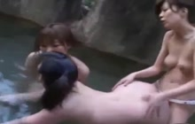 3 Japanese lesbians fucking with a strapon